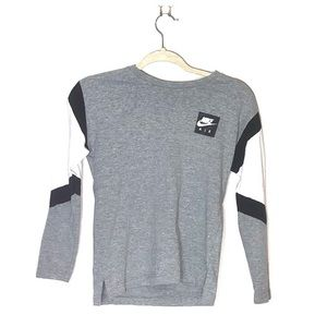 Nike air long sleeve tee grey